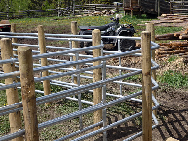 Farm And Fences Ranch Fencing Oliver Bc Calgary Ab