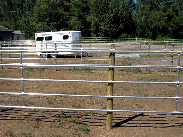 CF Fence Solutions